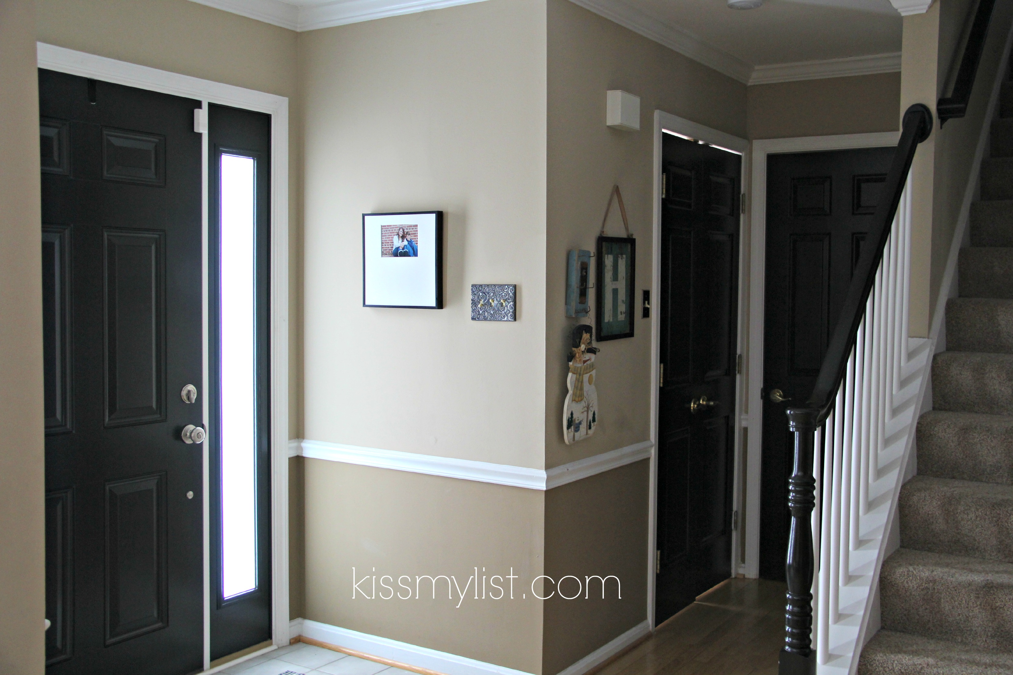 Painting interior doors black kiss my list for Painted interior door designs