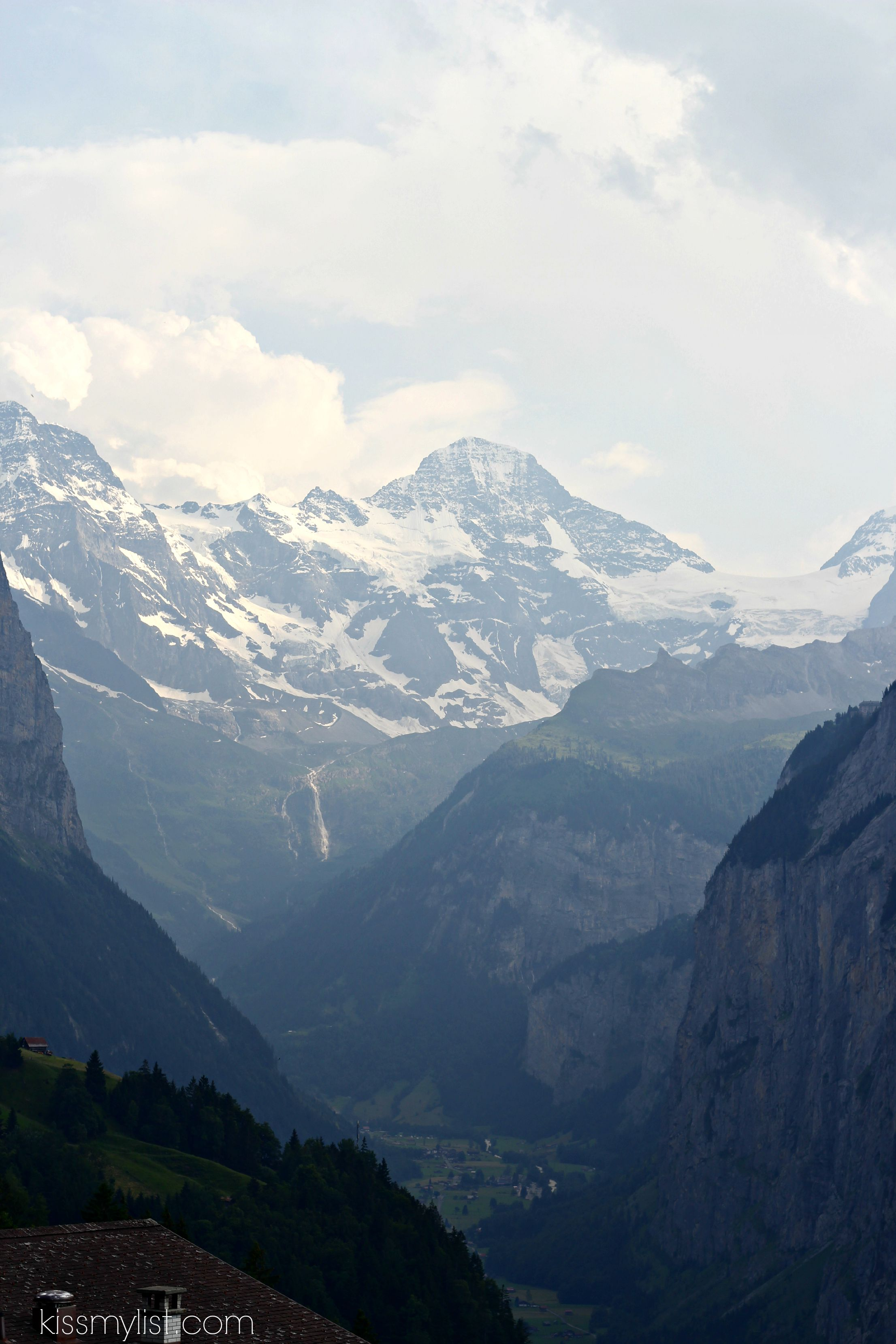 train up to Wengen